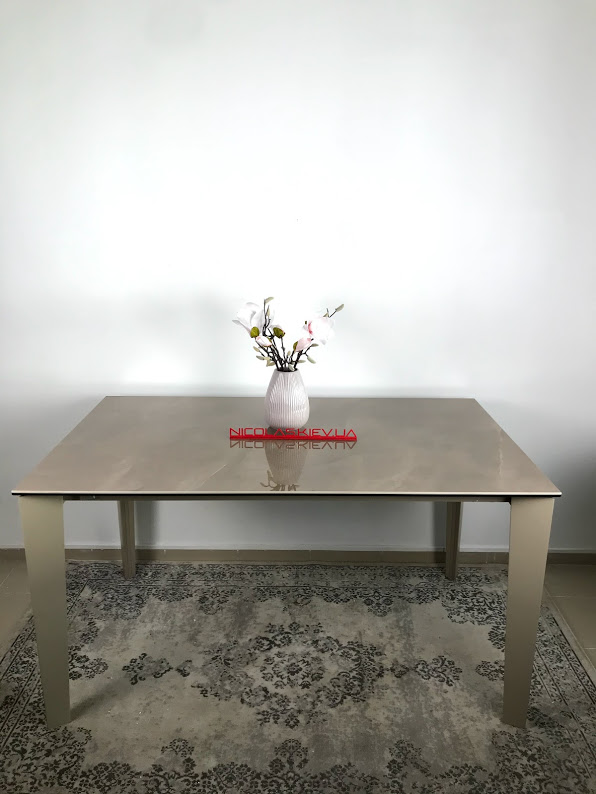 Стол Nicolas Liverpool S 4622L керамика 140 капучино глянец